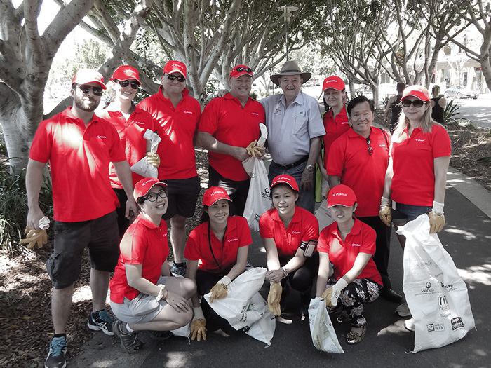 Atradius staff taking part in rubbish collecting day